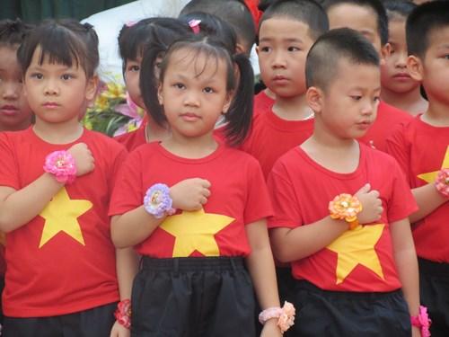 Áo cờ đỏ sao vàng và cách bảo quản